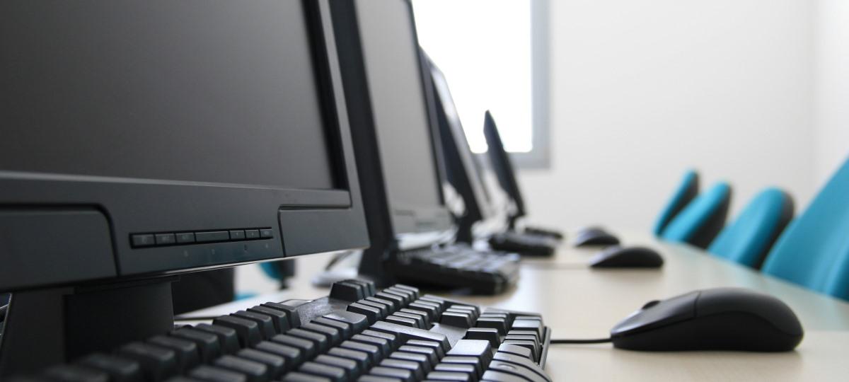 Računovodski tečaji z vajami na računalniku